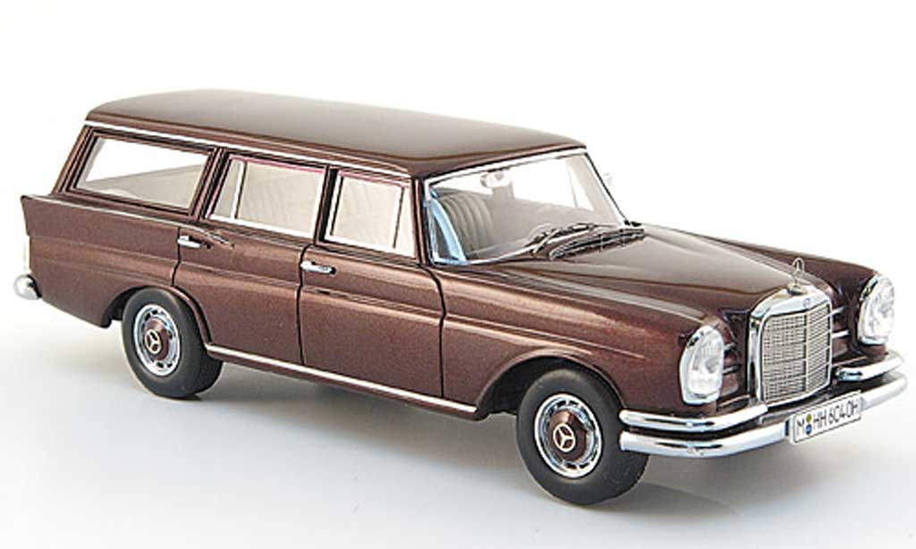 Mercedes 230 S 1/43 Spark Universal (W111) rouge 1966 miniature