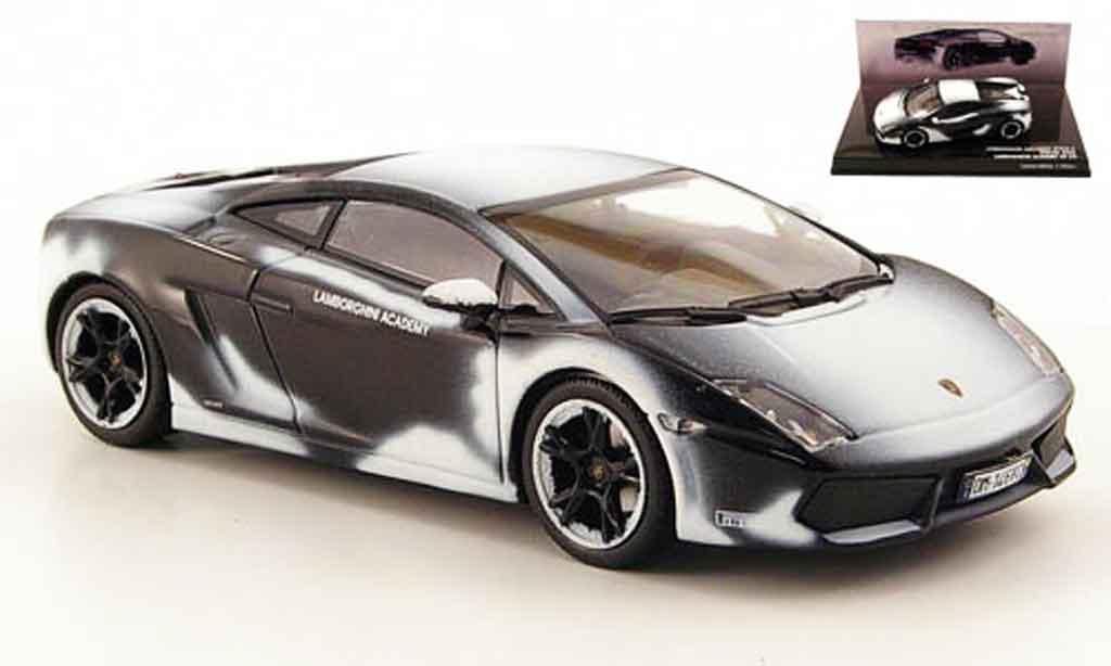 Lamborghini Gallardo LP560-4 1/43 Minichamps noire avec schneespuren 2008 miniature
