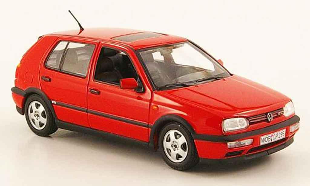 Volkswagen Golf III GTI 1/43 Minichamps rosso 1993 miniatura