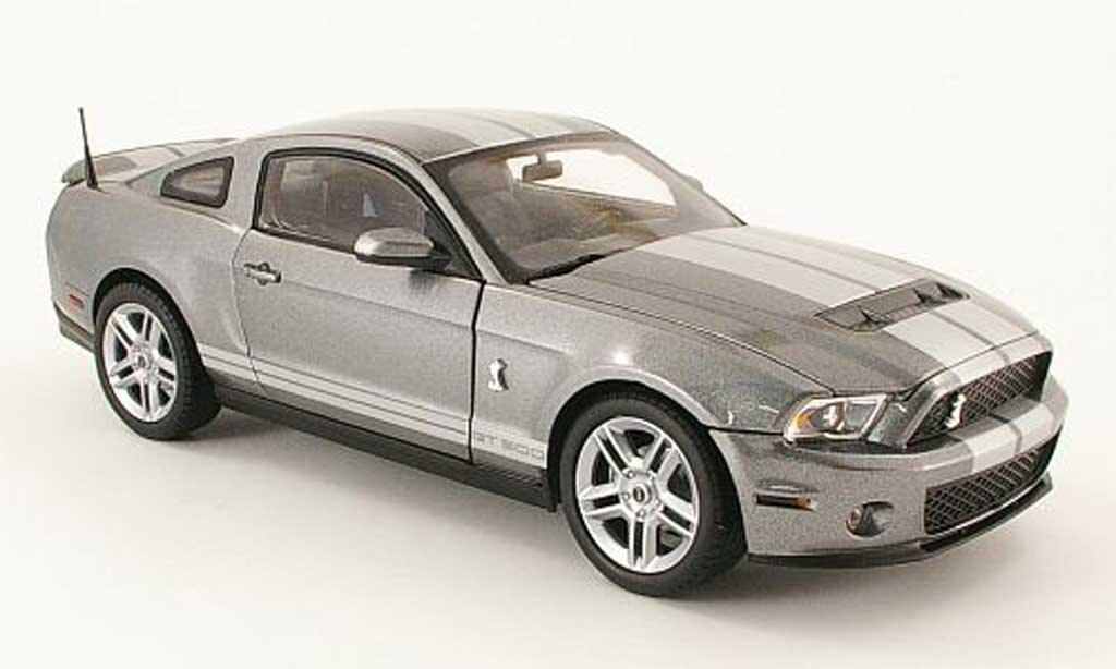Shelby GT 500 1/18 Shelby Collectibles gray avec bandes grays 2010 diecast