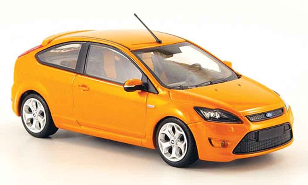 Ford Focus ST 1/43 Minichamps orange 2008 miniature