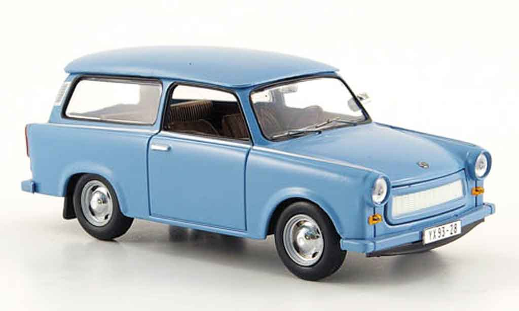 Trabant 601 1/43 IST Models Universal bleu 1965 miniature