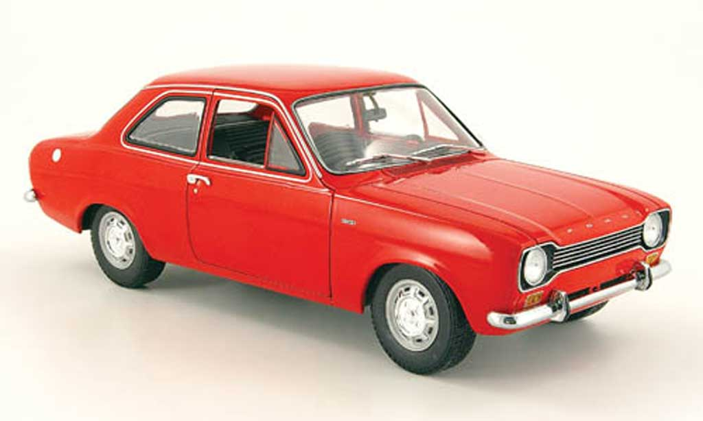 Ford Escort MK1 1/18 Minichamps rouge 1971 miniature