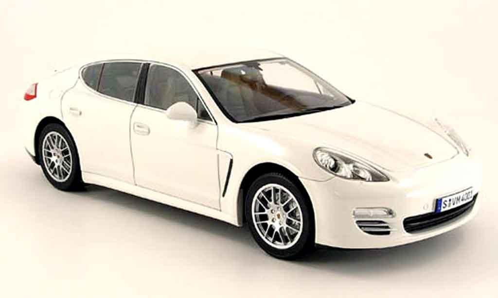 Porsche Panamera 4S 1/18 Norev 4s blanche 2009 miniature