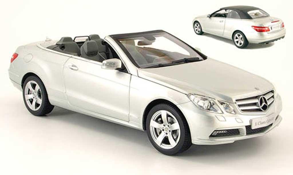 Mercedes Classe E 1/18 Norev cabriolet (a207) grise 2010 miniature