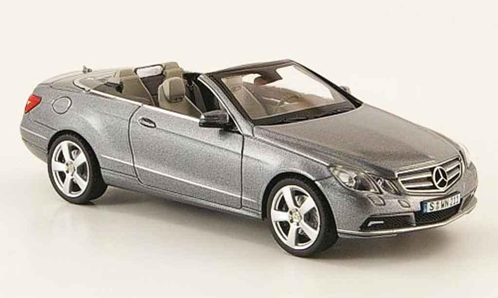 Mercedes Classe E 1/43 Schuco Cabriolet (A207) grise 2010 miniature