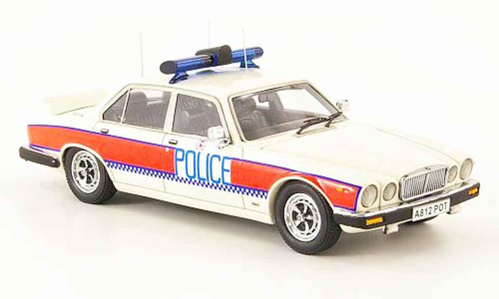Jaguar XJ Series III 1/43 Neo hampshire constabulary police miniature