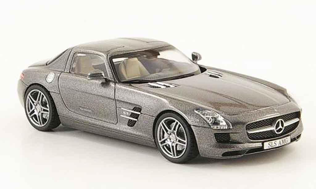 Mercedes SLS 1/43 Schuco AMG (C197)  grise 2010 miniature