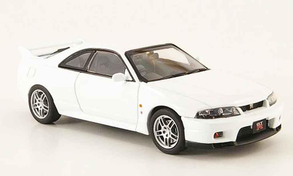 Nissan Skyline R33 1/43 Ebbro GT R Vspec bianco 1995 modellino in miniatura