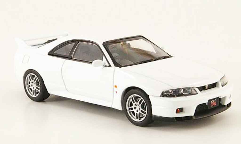 Nissan Skyline R33 1/43 Ebbro GT R Vspec white 1995 diecast model cars