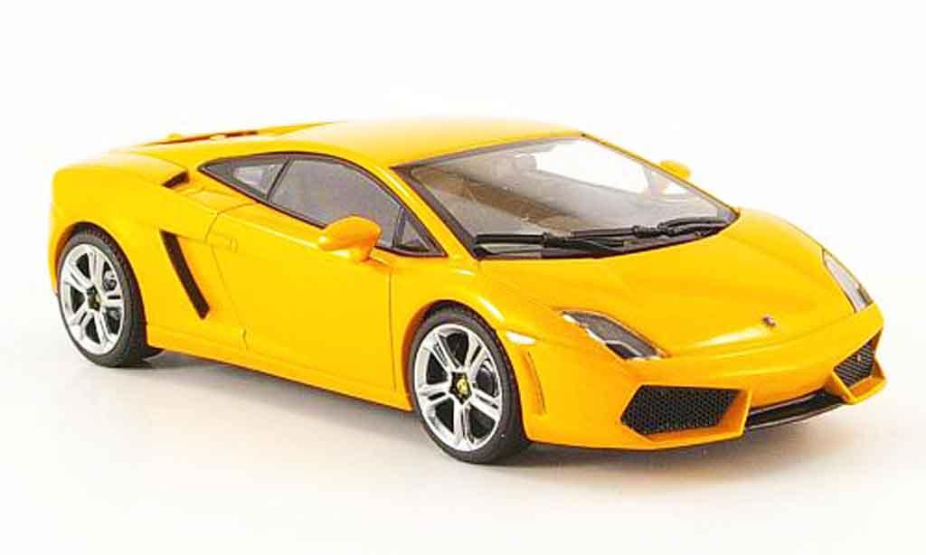 Lamborghini Gallardo LP560-4 1/43 Autoart orange miniature