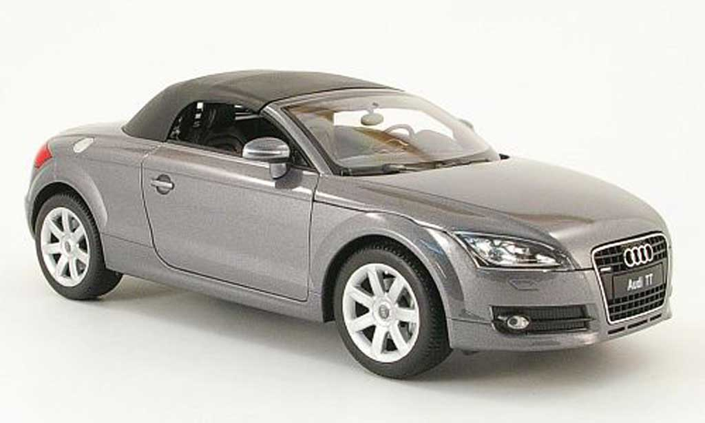 Audi TT Roadster 1/18 Welly grise avec capote miniature