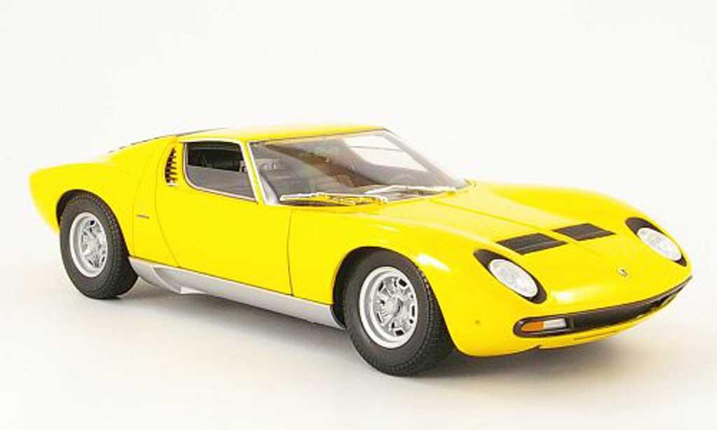 Lamborghini Miura SV 1/18 Welly yellow 1971