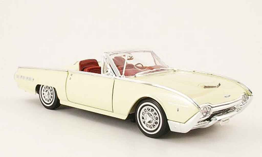 Ford Thunderbird 1962 1/18 Welly spots roadster cremeblanche offen miniature