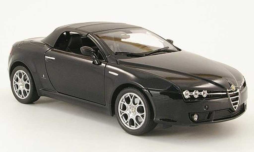 Alfa Romeo Spider 1/18 Welly black capote diecast model cars