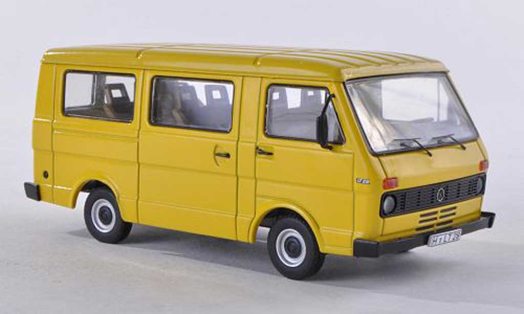 Volkswagen LT28 1/43 Premium ClassiXXs bus jaune  miniature