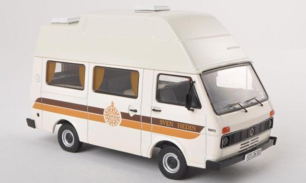 Volkswagen LT28 1/43 Premium ClassiXXs Camping Sven Hedin beige miniature
