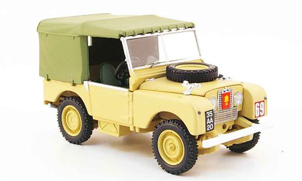 Land Rover 80 1/43 Vanguards Suffolk Regiment  beige miniature