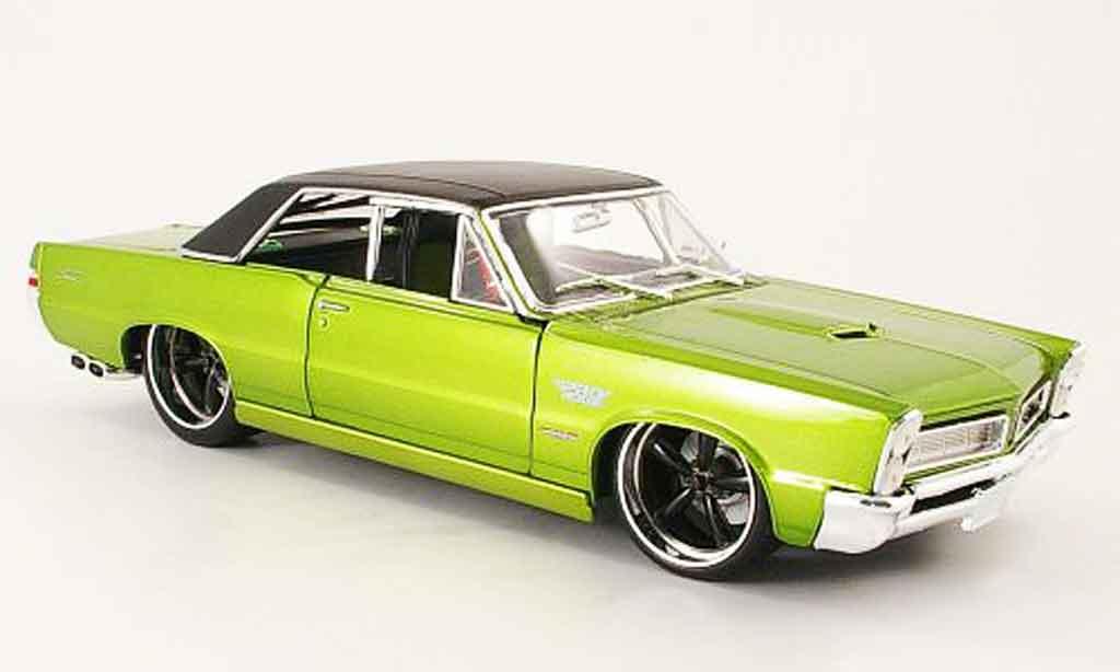 Pontiac GTO 1/18 Maisto verte/noire pro rodz-tuning 1965 miniature