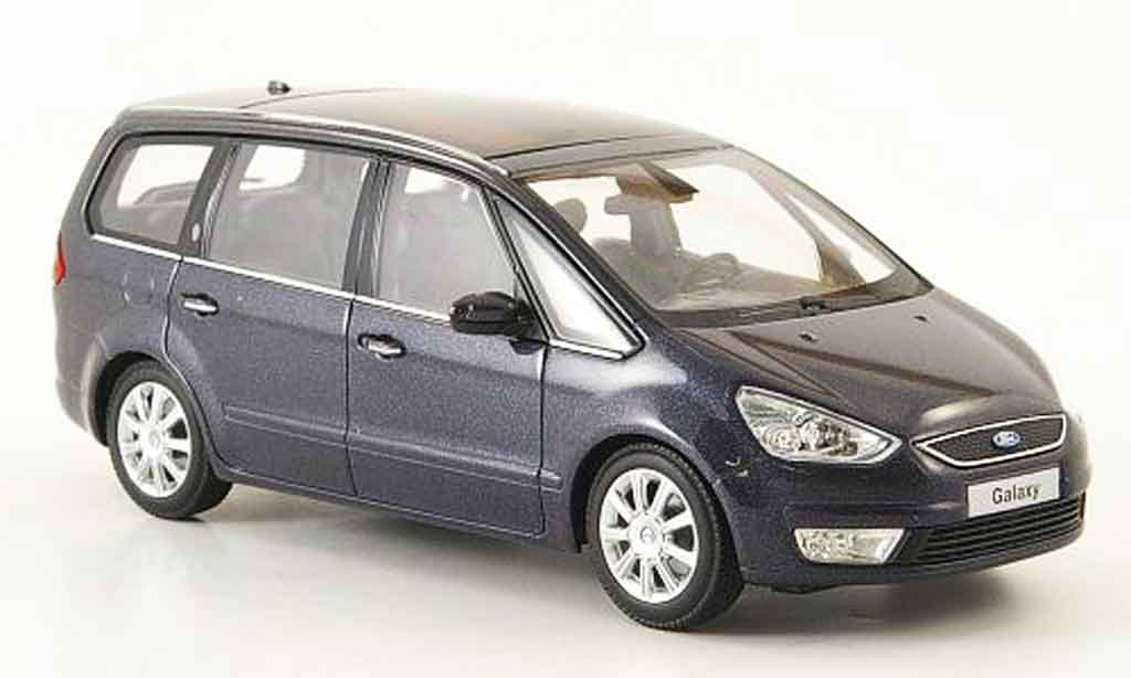 Ford Galaxy 1/43 Minichamps grise 2006 miniature