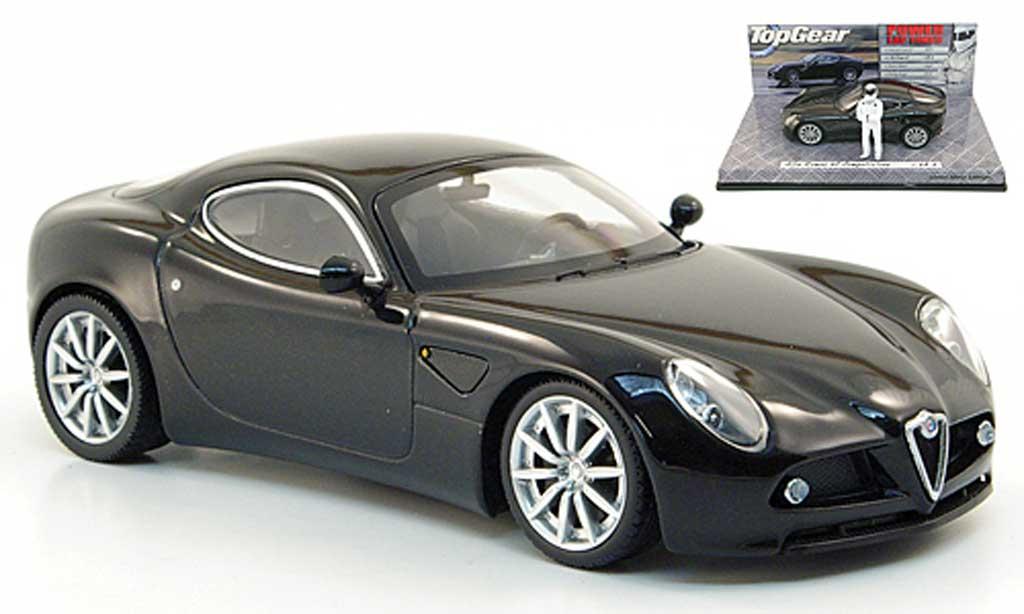 Alfa Romeo 8C 1/43 Minichamps Competizione black avec Figur The Stig diecast