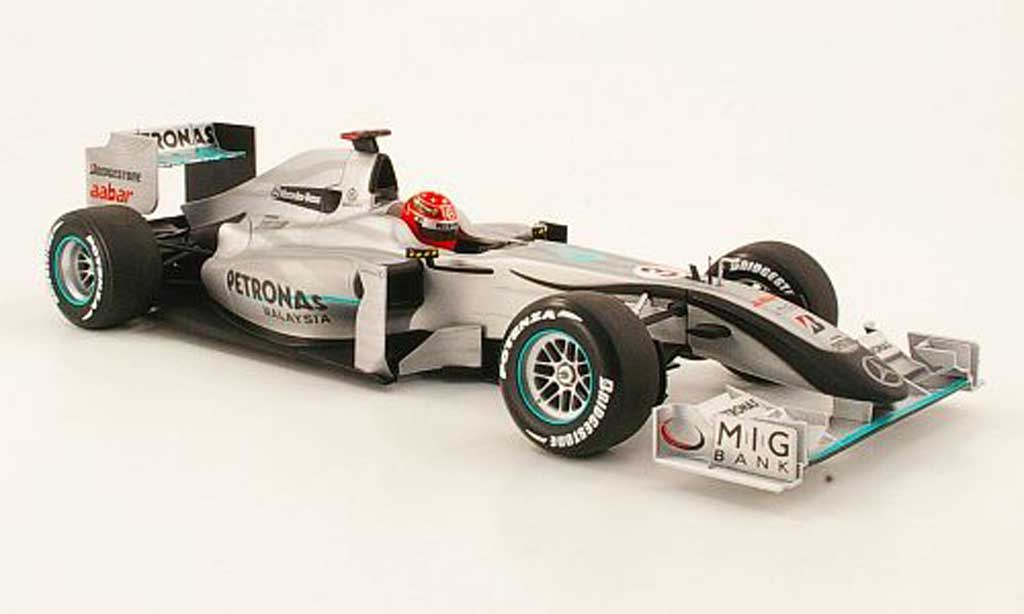 Mercedes F1 1/18 Minichamps gp no.3 petronas m.schumacher showcar 2010 diecast model cars