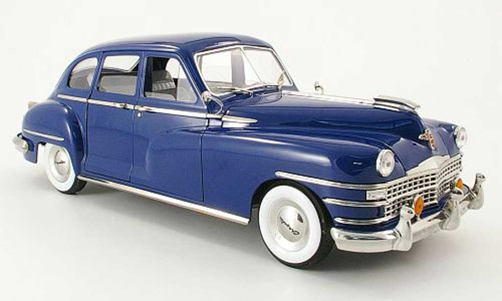 Chrysler New Yorker 1/18 Signature Sedan bleue 1948 miniature