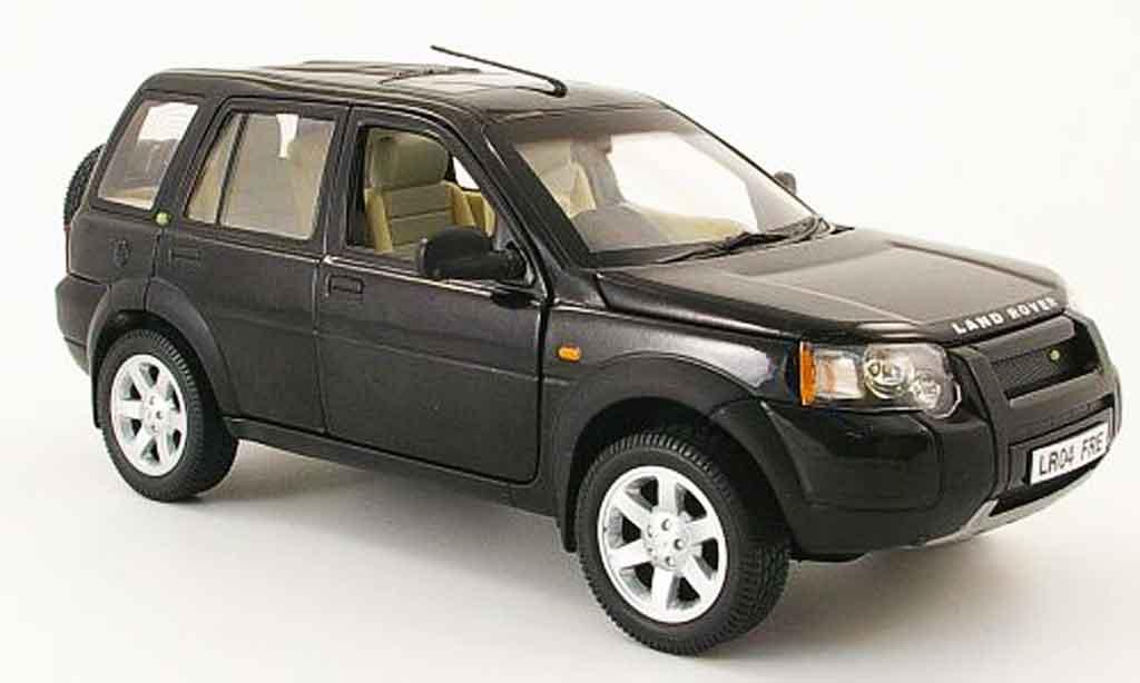 Land Rover Freelander 1/18 Ertl noire 4 portes volant a droite miniature
