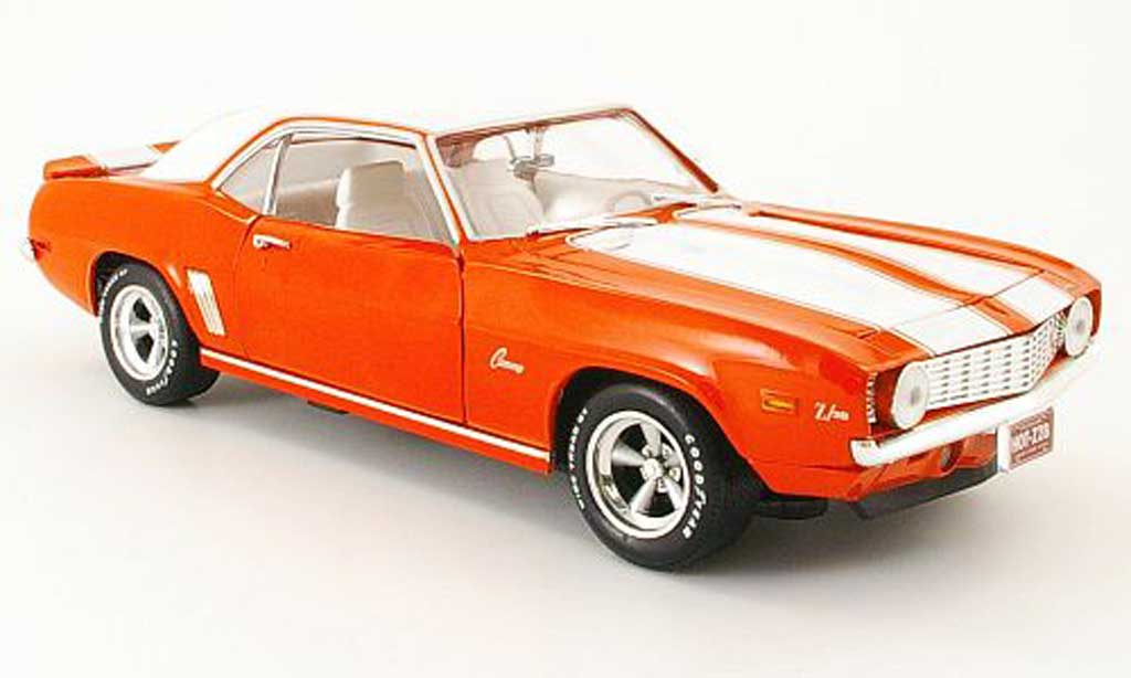 Chevrolet Camaro Z28 1/18 Ertl orange/blanche 1969 miniature