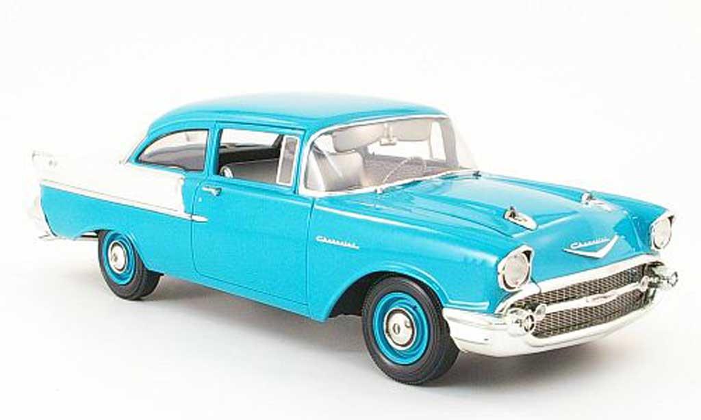 Chevrolet Bel Air 1957 1/18 Highway 61 150 utility sedan turkis/grise 2 portes miniature