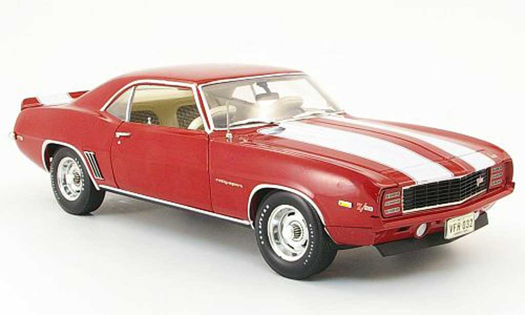 Chevrolet Camaro Z28 1/18 Highway 61 rs red/white 1969 diecast
