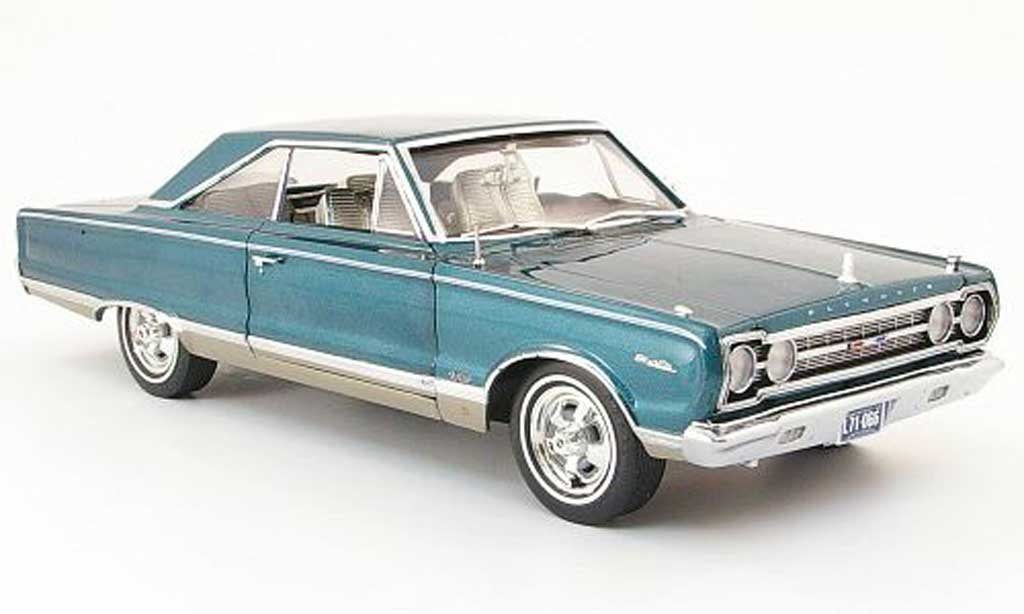 Plymouth Satellite 1/18 Highway 61 petrol 1967 miniature