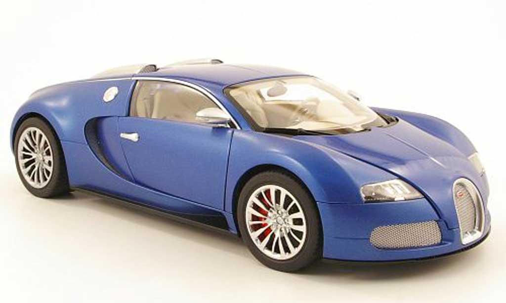 Bugatti Veyron 16.4 1/18 Autoart eb bleu centenaire bleu/matt bleu 2009 diecast