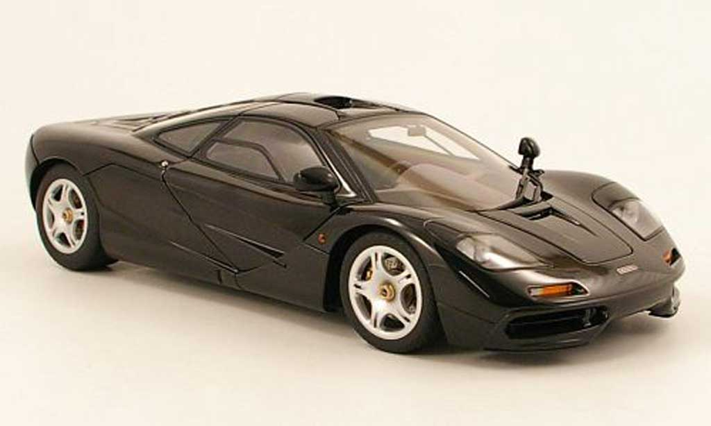 McLaren F1 1/18 Autoart black 1994 diecast