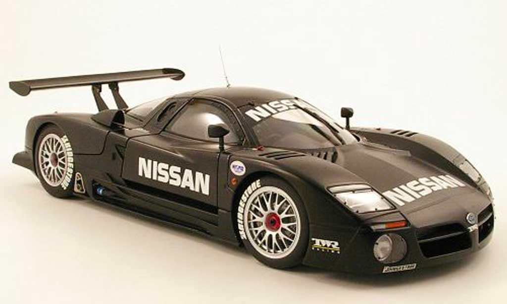 Nissan R390 1/18 Autoart gt1 test car 24h le mans 1997 miniature
