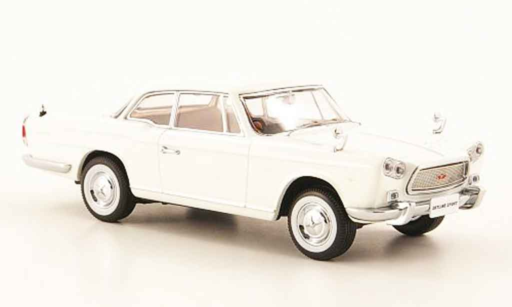 Nissan Skyline Prince Sport 1/43 Kyosho Coupe blanche miniature