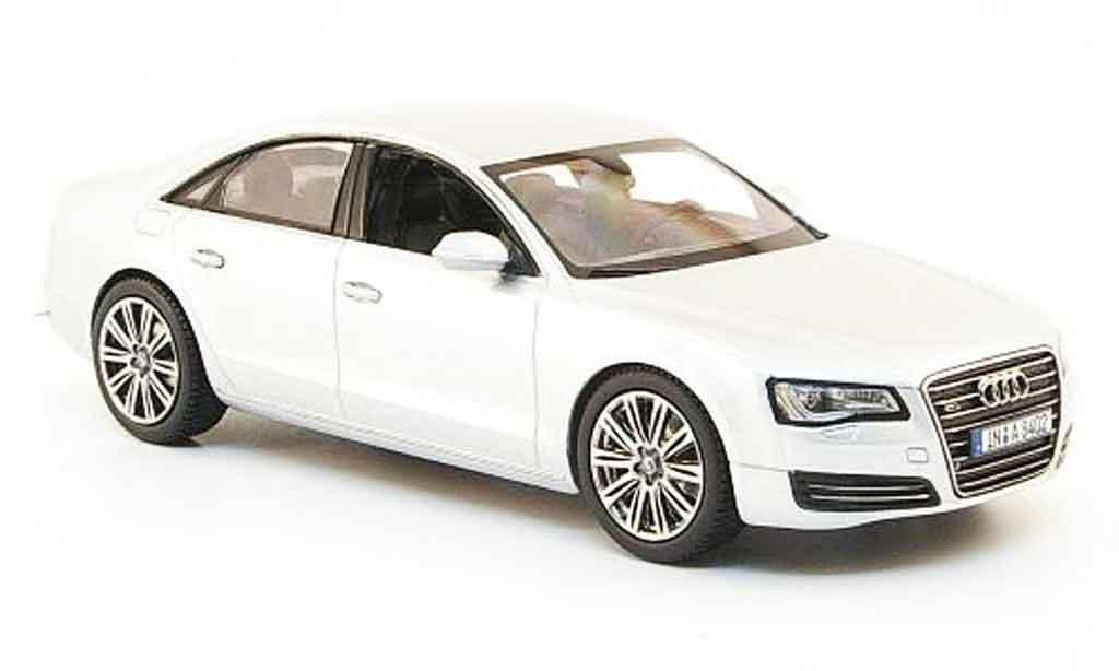 Audi A8 1/43 Kyosho grise metallisee 2010 miniature