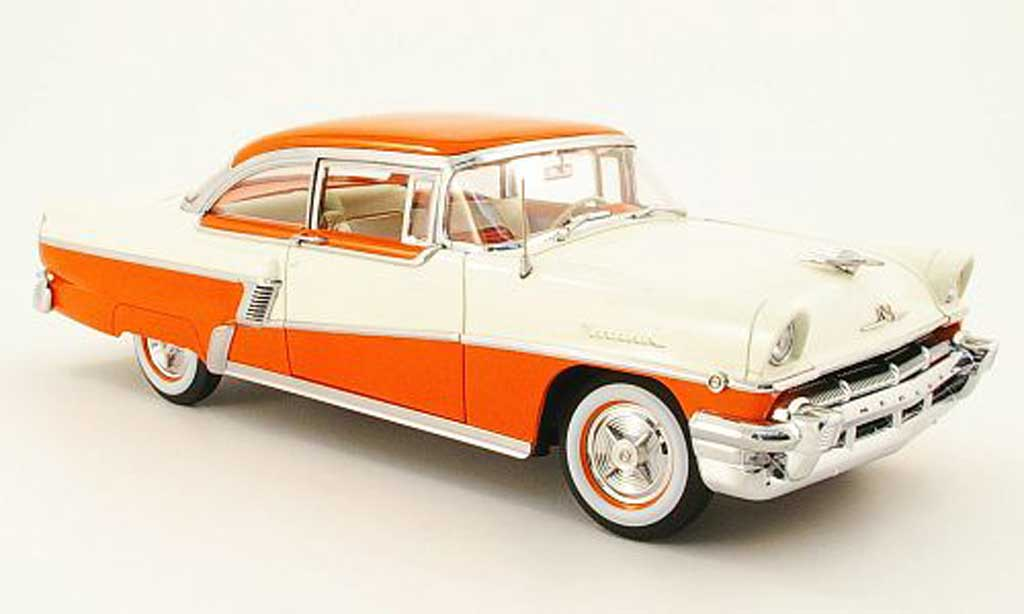 Mercury Montclair 1/18 Sun Star hard top cremeblanche/pink 1956 miniature