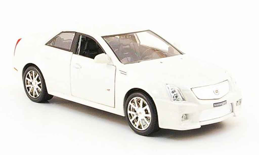 Cadillac CTS 1/43 Luxury Die Cast V blanche 2009 miniature