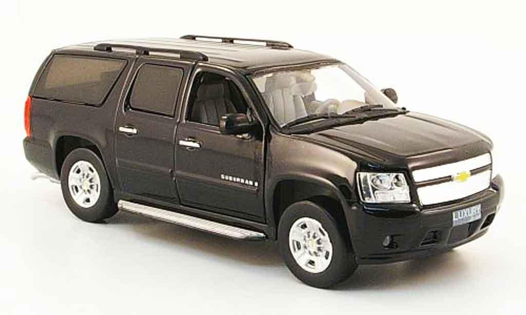 Chevrolet Suburban 1/43 Luxury Die Cast black 2009 2010 diecast