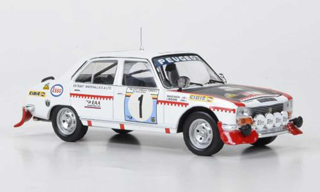 Peugeot 504 Berline 1/43 IXO No.1 Makinen/Liddon Safari Rally 1975 miniatura