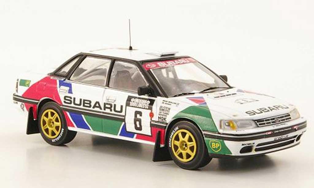 Subaru Legacy RS 1992 1/43 IXO No.6 Vatanen/Berglund Rally Finnland miniature