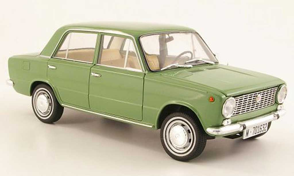 Seat 124 1/18 IST Models grey/grun 1969 diecast model cars