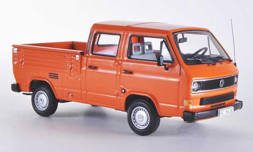 Volkswagen T3 1/43 Minichamps Doka-Pritsche orange 1983 diecast