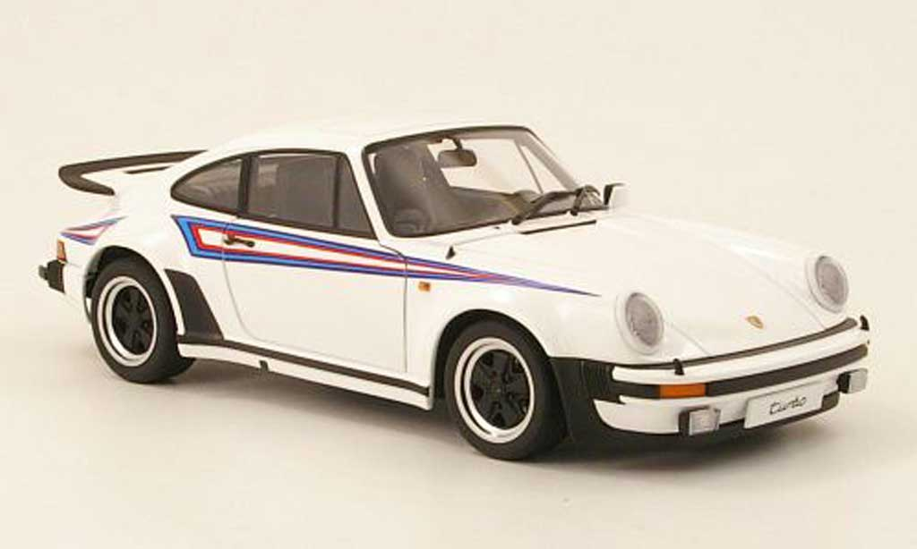 Porsche 930 Turbo 1/18 Autoart 3.0 white avec deco type martini 1975 diecast model cars