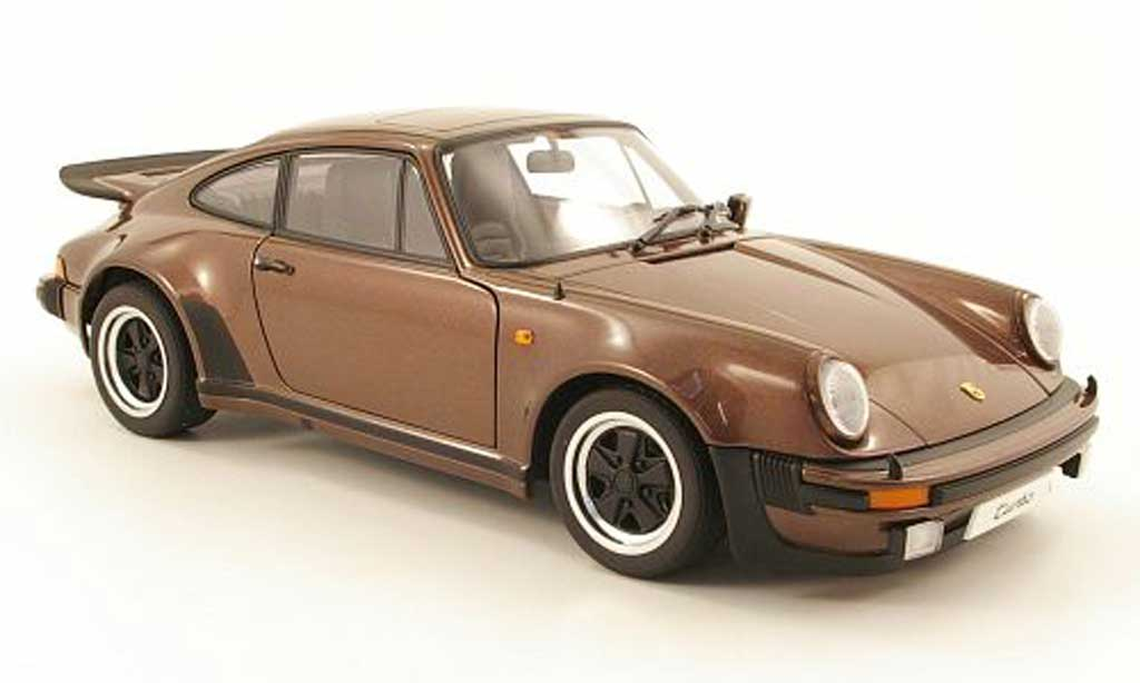 Porsche 930 Turbo 1/18 Autoart 3,0 marron 1975