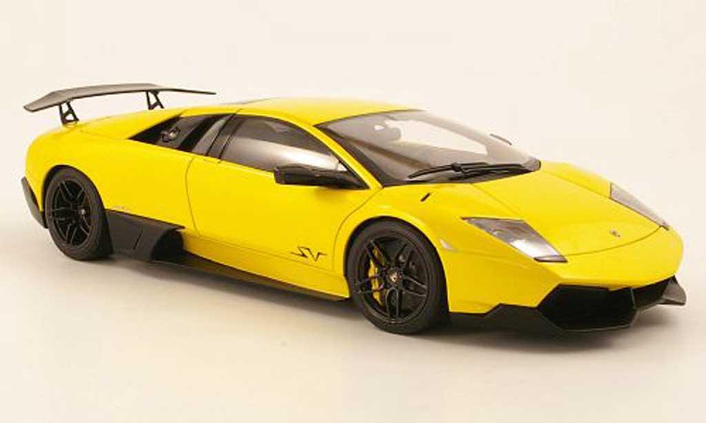 Lamborghini Murcielago LP670 1/18 Autoart 4 SV jaune 2009 miniature