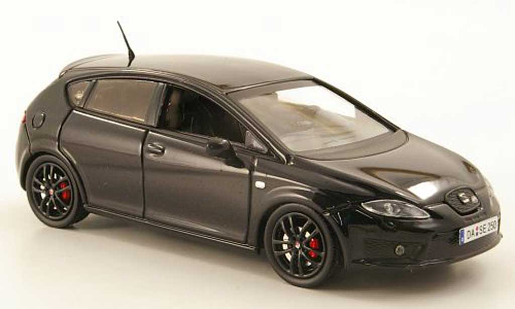 Seat Leon Cupra 1/43 Seat R negro miniatura