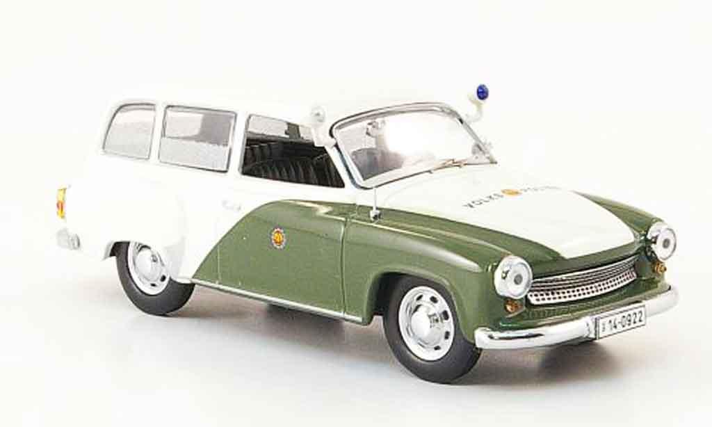 Volkswagen Combi 1/43 IST Models wartburg 311 kombi volkspolice 1959 miniature