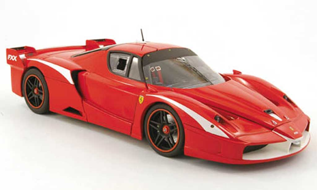 Ferrari Enzo FXX 1/18 Hot Wheels evoluzione rouge miniature